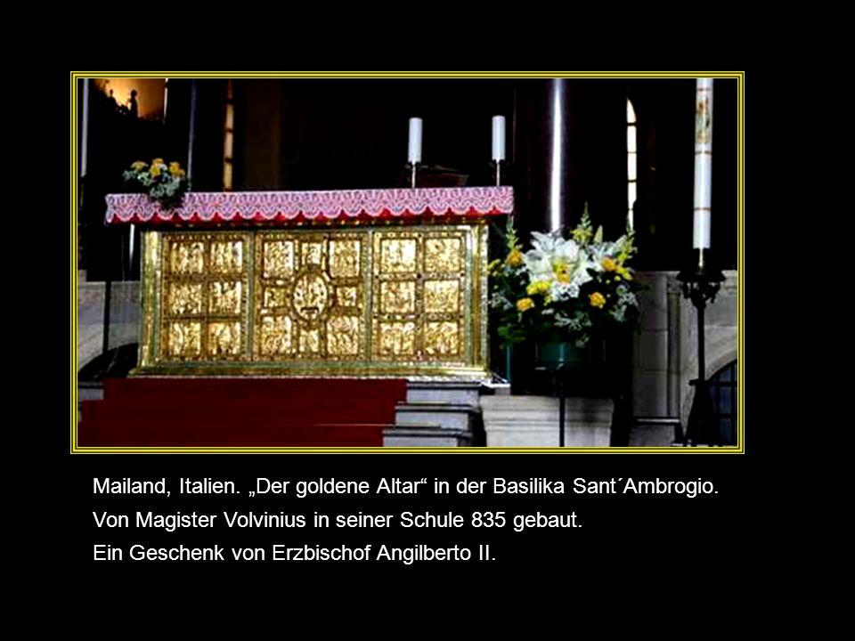 "Mailand, Italien. ""Der goldene Altar in der Basilika Sant´Ambrogio."