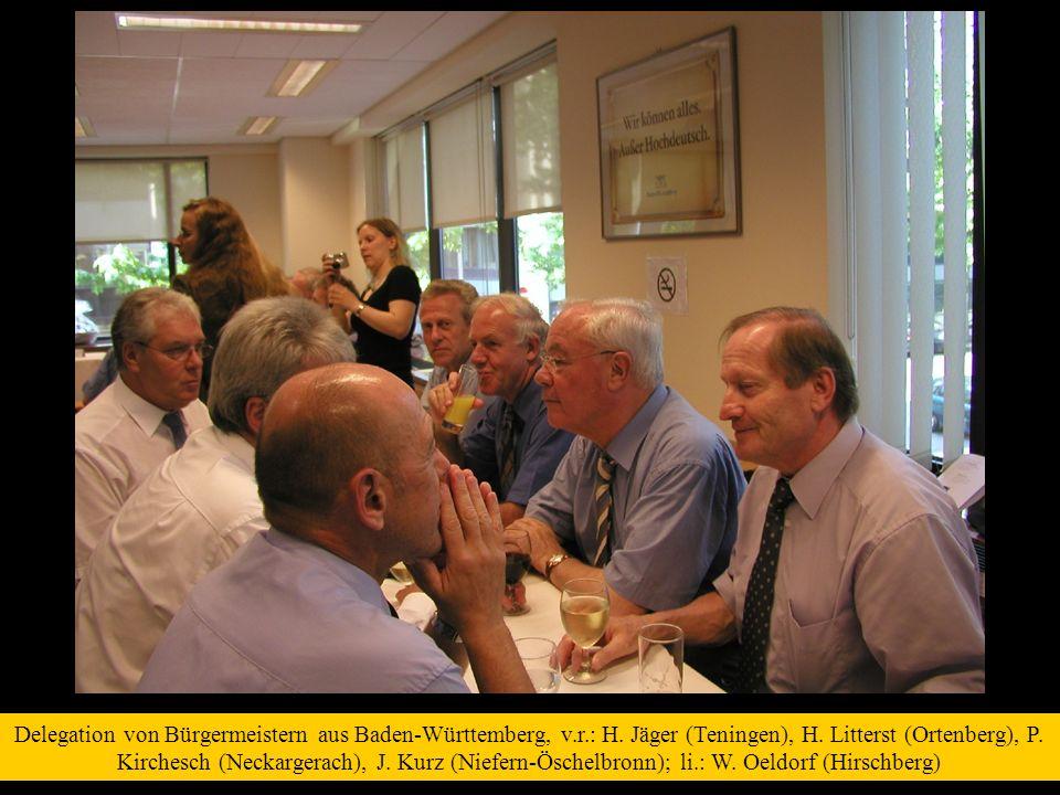 Delegation von Bürgermeistern aus Baden-Württemberg, v. r. : H