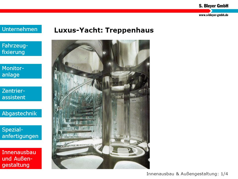 Luxus-Yacht: Treppenhaus