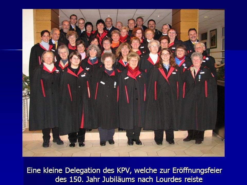 Eine kleine Delegation des KPV, welche zur Eröffnungsfeier des 150