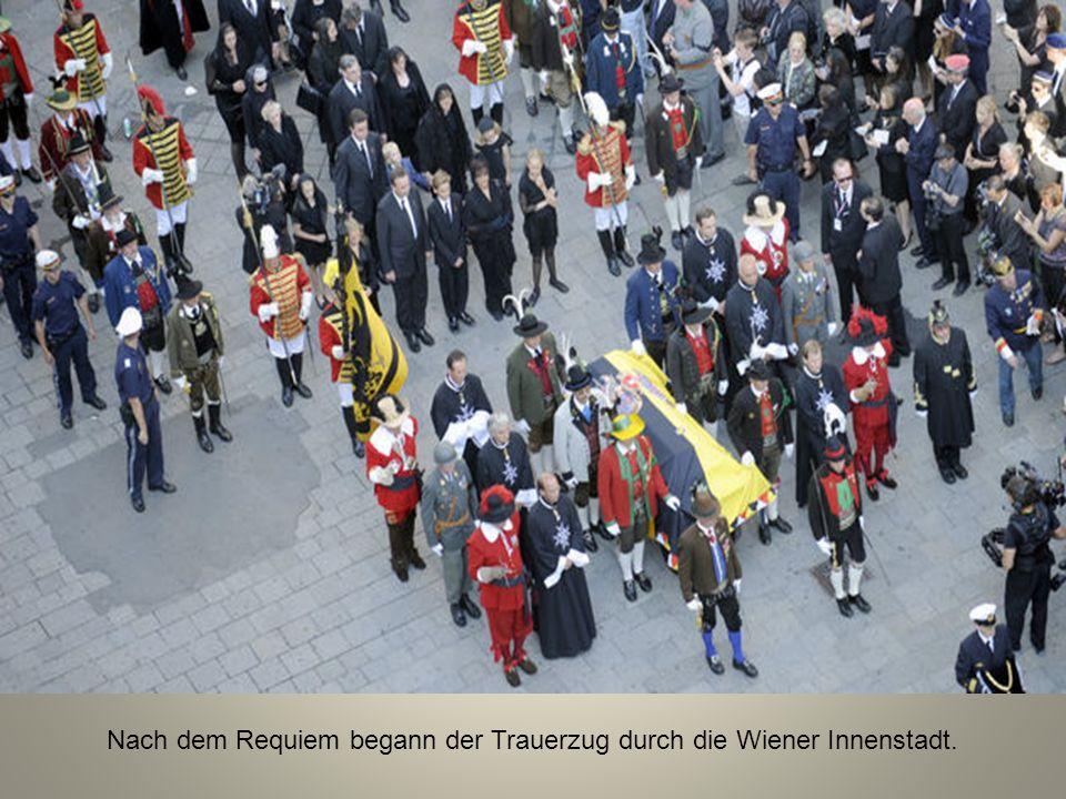 Nach dem Requiem begann der Trauerzug durch die Wiener Innenstadt.