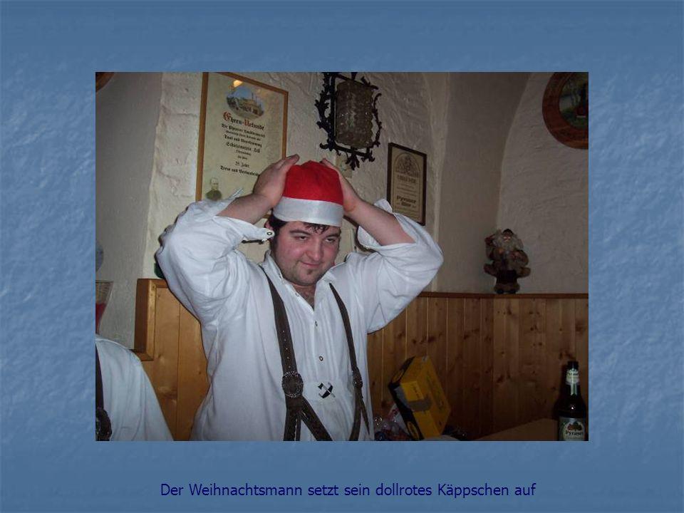 Der Weihnachtsmann setzt sein dollrotes Käppschen auf