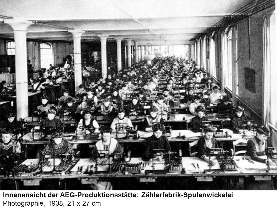 Innenansicht der AEG-Produktionsstätte: Zählerfabrik-Spulenwickelei