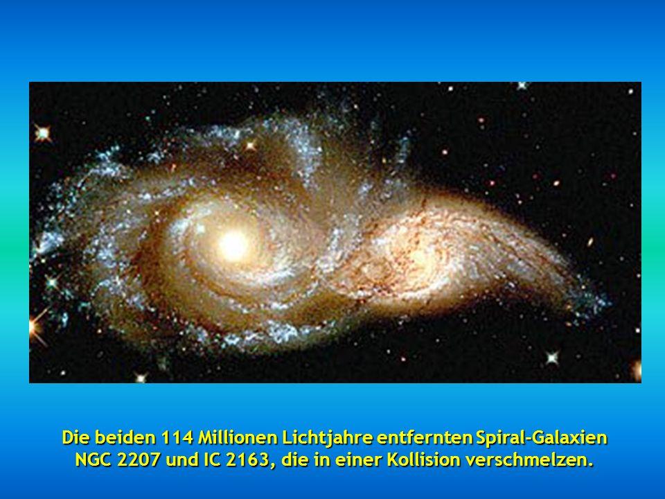 Die beiden 114 Millionen Lichtjahre entfernten Spiral-Galaxien