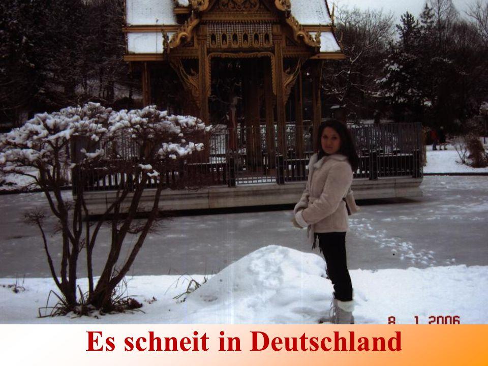 Es schneit in Deutschland