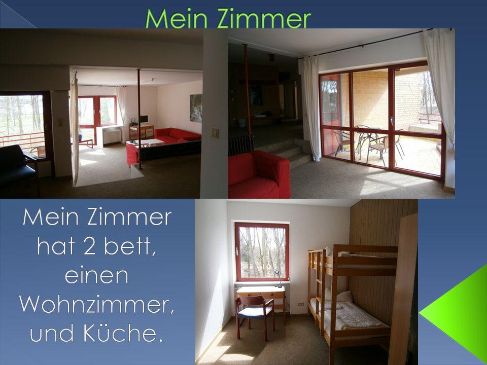 Mein Zimmer hat 2 bett, einen Wohnzimmer, und Küche.