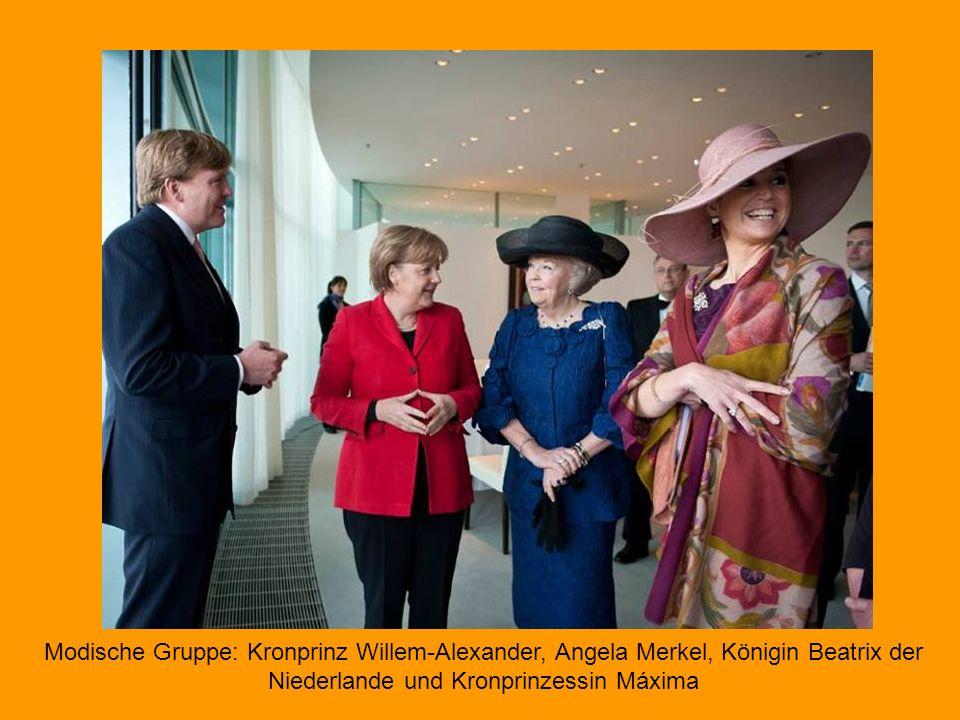 Modische Gruppe: Kronprinz Willem-Alexander, Angela Merkel, Königin Beatrix der Niederlande und Kronprinzessin Máxima