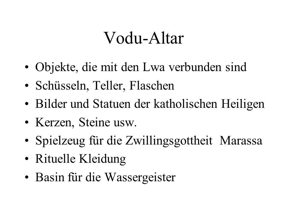 Vodu-Altar Objekte, die mit den Lwa verbunden sind