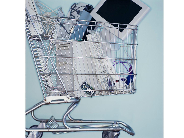 Elektrische und elektronische Geräte oder deren Bauteile, welche nicht mehr funktionstüchtig und daher nicht mehr benötigt werden.
