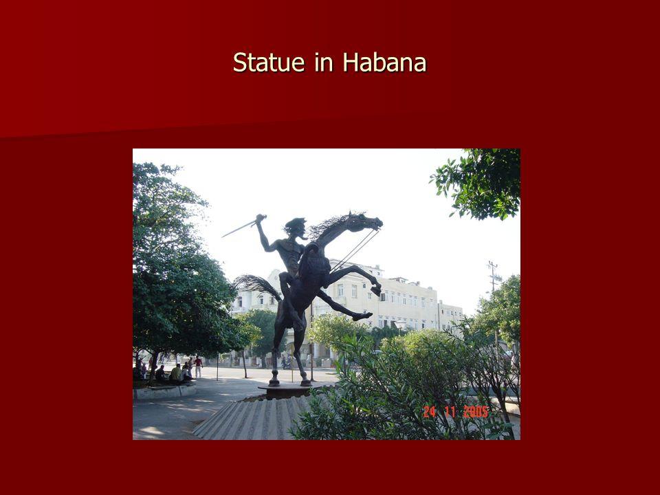 Statue in Habana