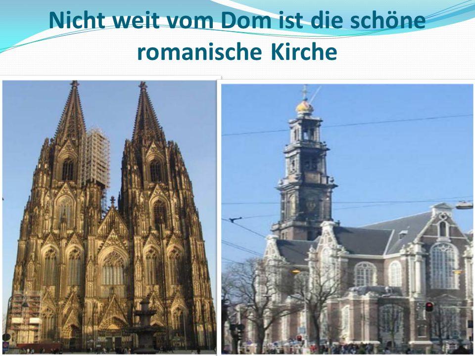 Nicht weit vom Dom ist die schöne romanische Kirche