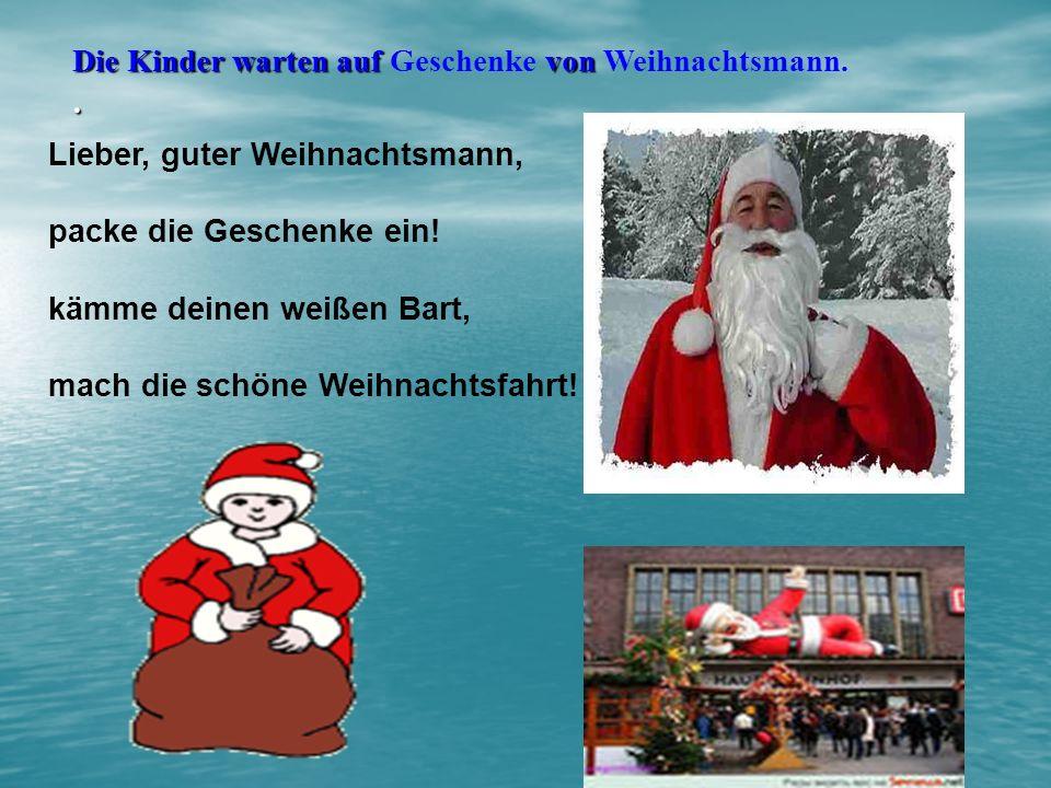 . Die Kinder warten auf Geschenke von Weihnachtsmann.