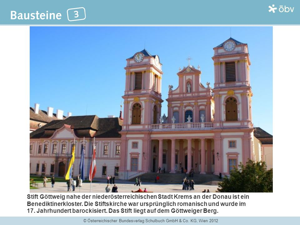 Stift Göttweig nahe der niederösterreichischen Stadt Krems an der Donau ist ein Benediktinerkloster. Die Stiftskirche war ursprünglich romanisch und wurde im