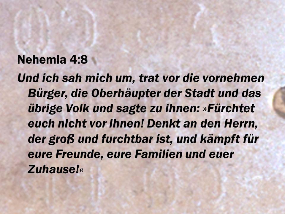 Nehemia 4:8
