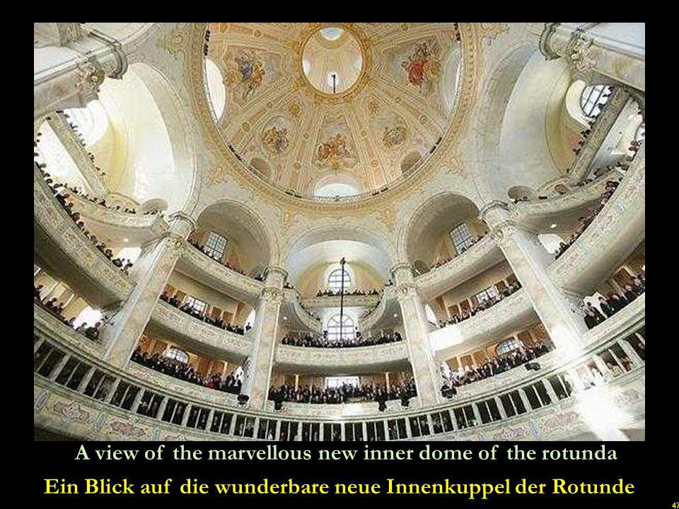 Ein Blick auf die wunderbare neue Innenkuppel der Rotunde