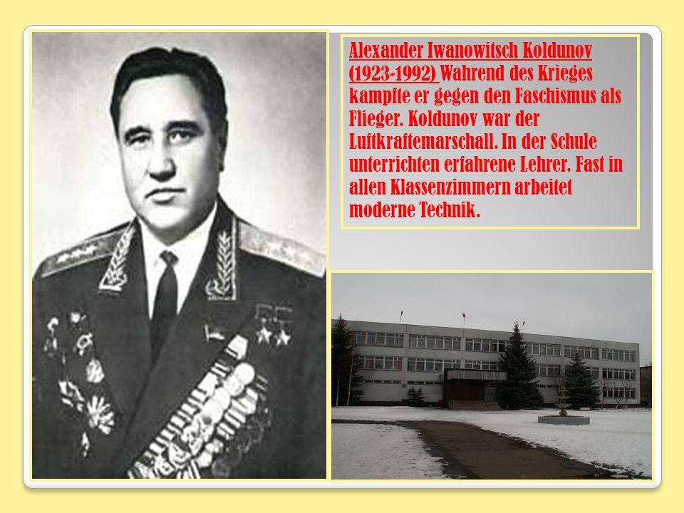 Alexander Iwanowitsch Koldunov (1923-1992) Wahrend des Krieges kampfte er gegen den Faschismus als Flieger.