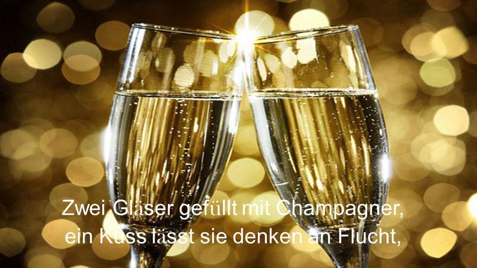 Zwei Gläser gefüllt mit Champagner,