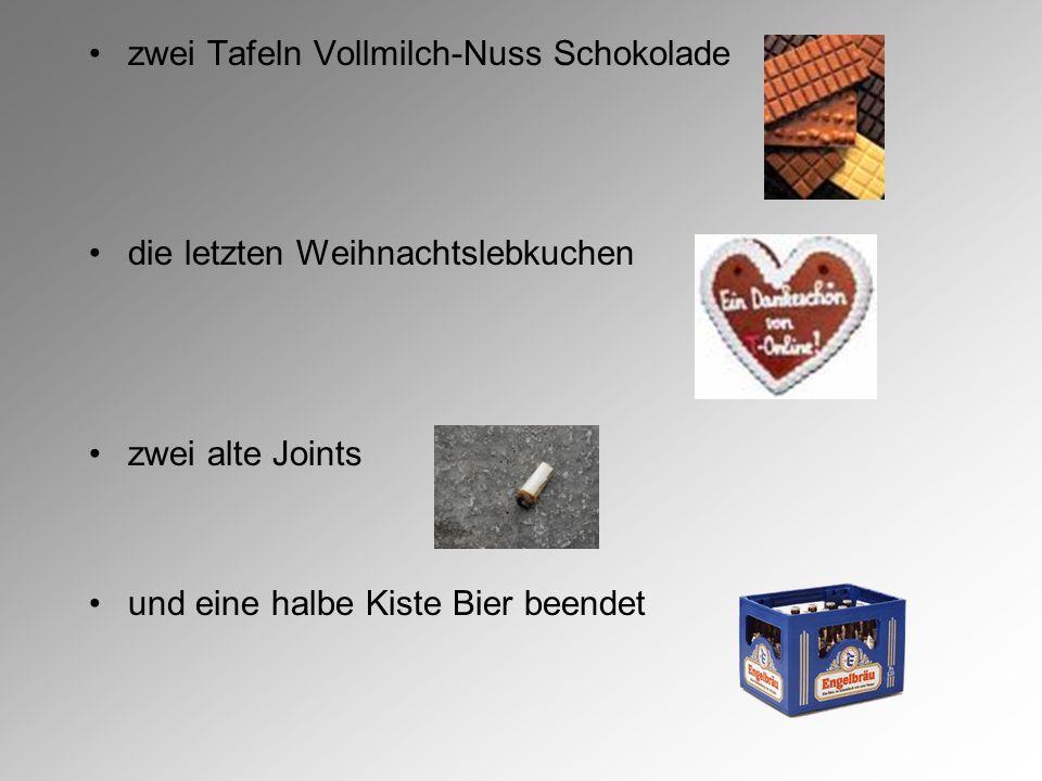 zwei Tafeln Vollmilch-Nuss Schokolade