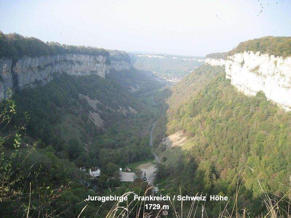 Juragebirge Frankreich / Schweiz Höhe 1729 m