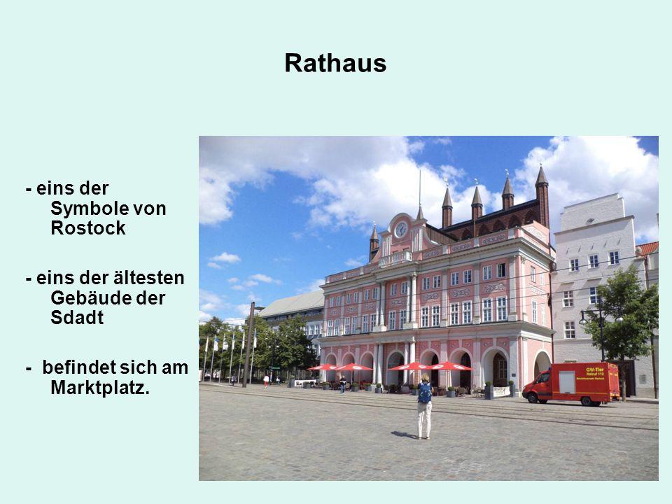 Rathaus - eins der Symbole von Rostock