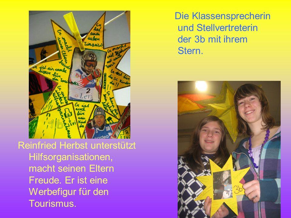 Die Klassensprecherin und Stellvertreterin der 3b mit ihrem Stern.