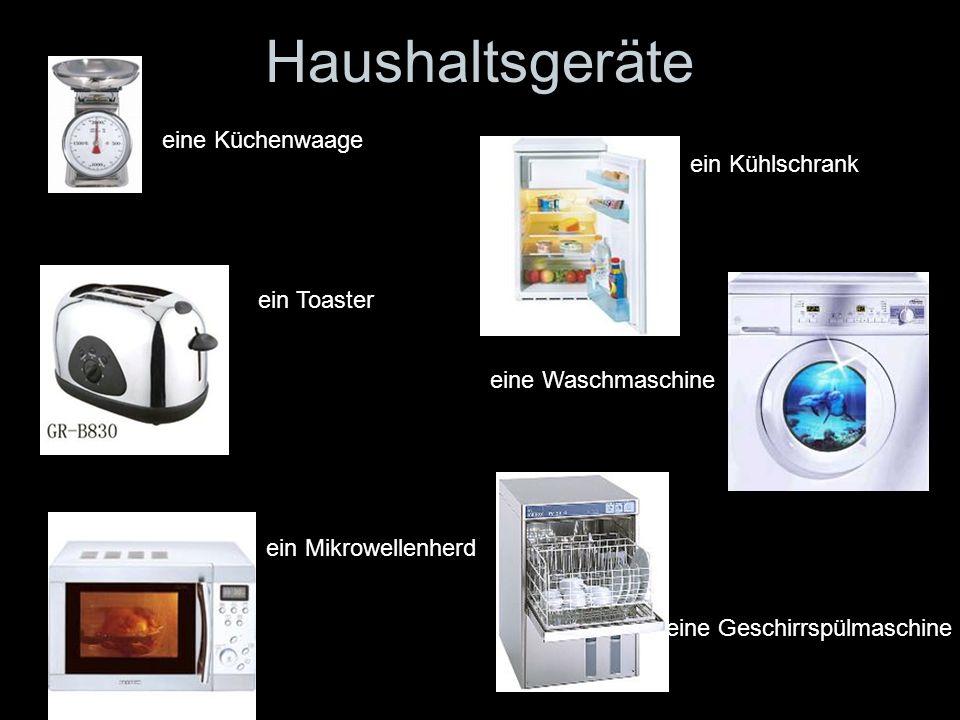 Haushaltsgeräte eine Küchenwaage ein Kühlschrank ein Toaster
