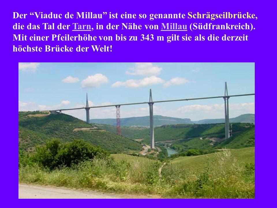 Der Viaduc de Millau ist eine so genannte Schrägseilbrücke, die das Tal der Tarn, in der Nähe von Millau (Südfrankreich).
