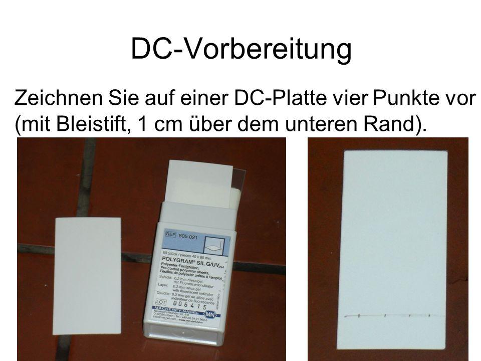 DC-Vorbereitung Zeichnen Sie auf einer DC-Platte vier Punkte vor (mit Bleistift, 1 cm über dem unteren Rand).