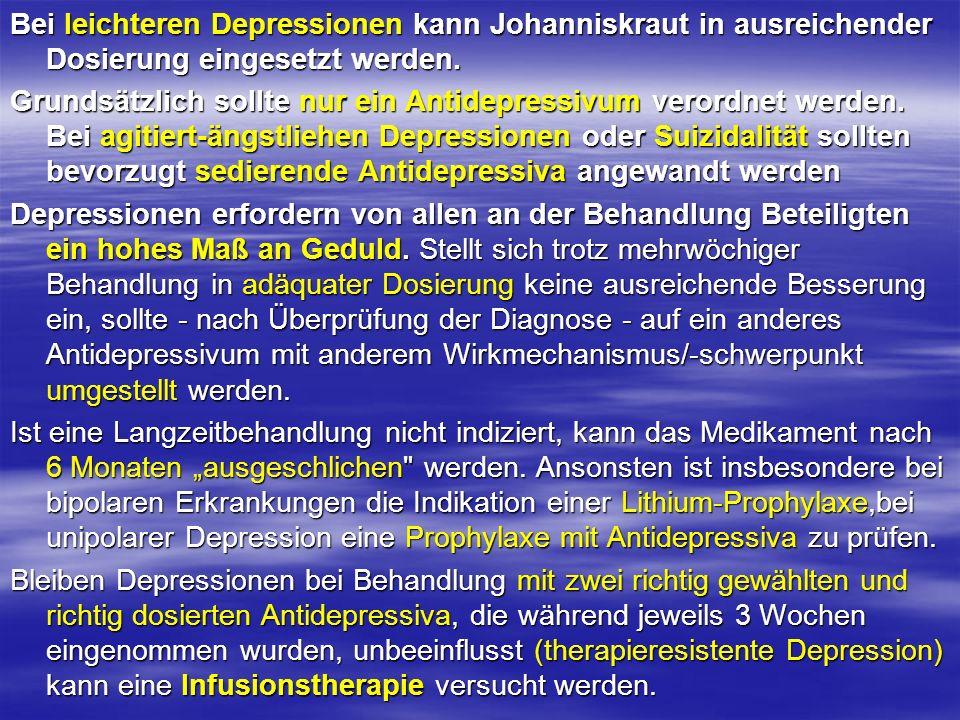 Bei leichteren Depressionen kann Johanniskraut in ausreichender Dosierung eingesetzt werden.