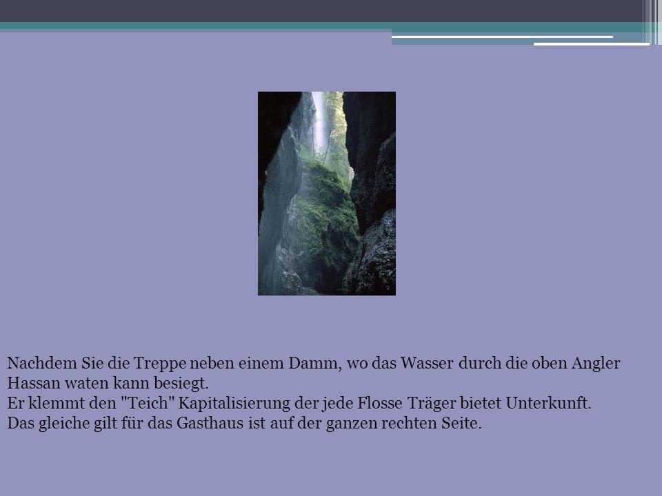 Nachdem Sie die Treppe neben einem Damm, wo das Wasser durch die oben Angler Hassan waten kann besiegt.
