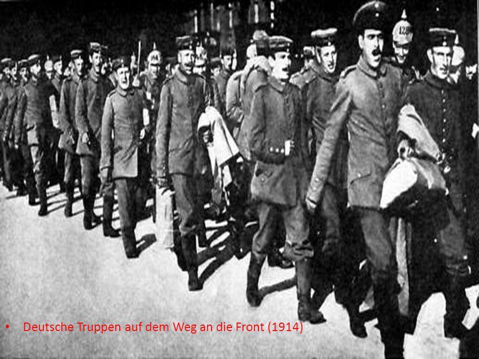 Deutsche Truppen auf dem Weg an die Front (1914)