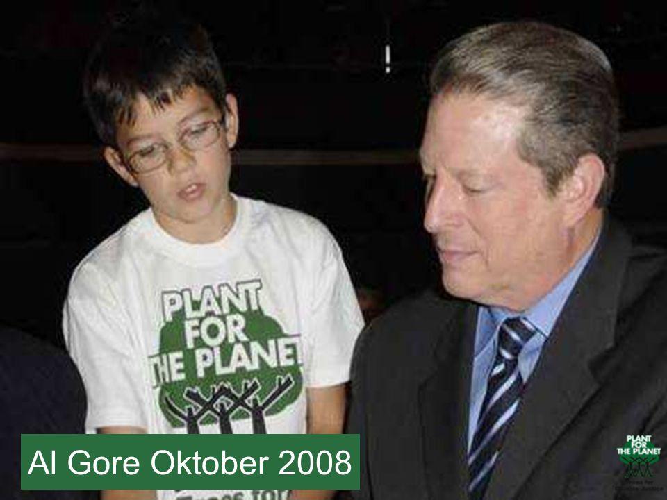 Felix hat 2008 Al Gore in München getroffen – Al Gore ist auf Felix seiner linken Seite.