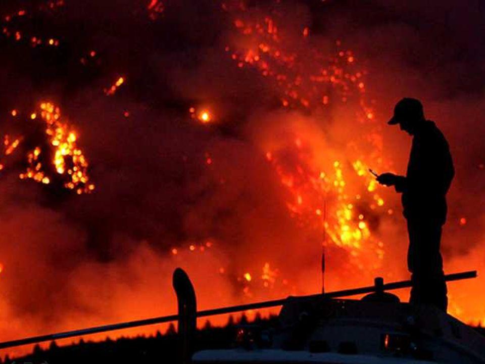 Überall auf der Welt haben Menschen unter extremen Klimasituationen zu leiden. An manchen Stellen ist es so trocken, dass die Wälder anfangen zu brennen. Hier seht ihr Brände in Russland.