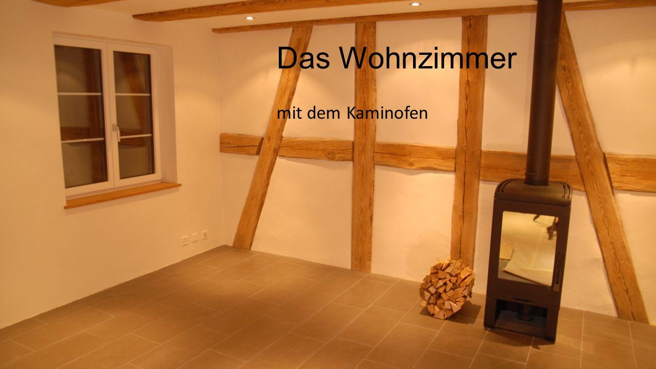 Das Wohnzimmer mit dem Kaminofen