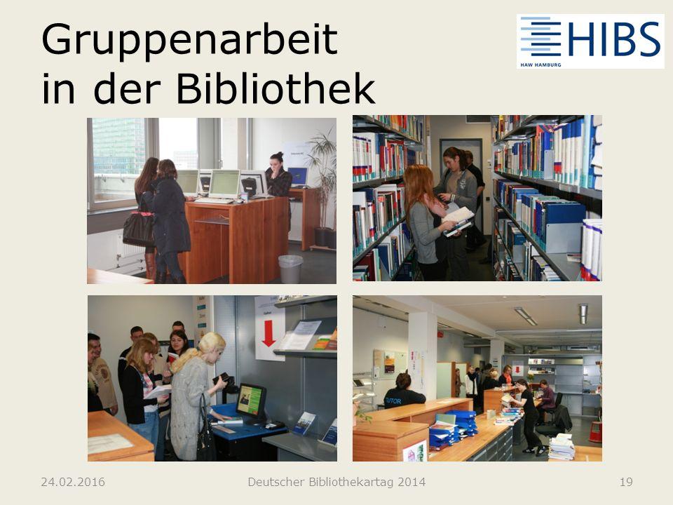 Gruppenarbeit in der Bibliothek